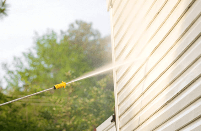 pressure wash home siding