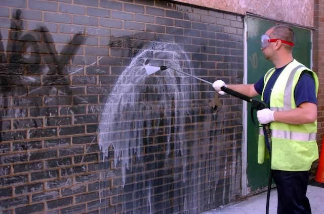 graffiti removal in troy